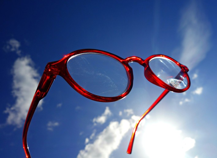 spectacles-1582388_1920