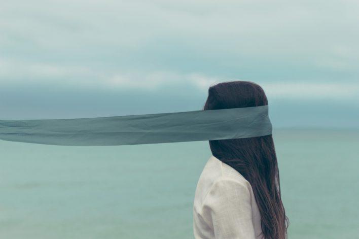 alone-971122_1920